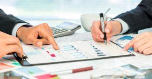 Los contables y asesores financieros